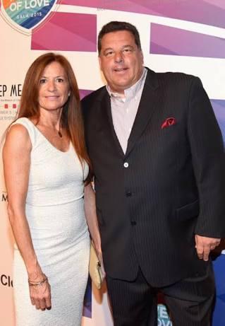 Steve Schirripa with his wife, Laura